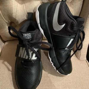 Nike sneakers youth size 3.5